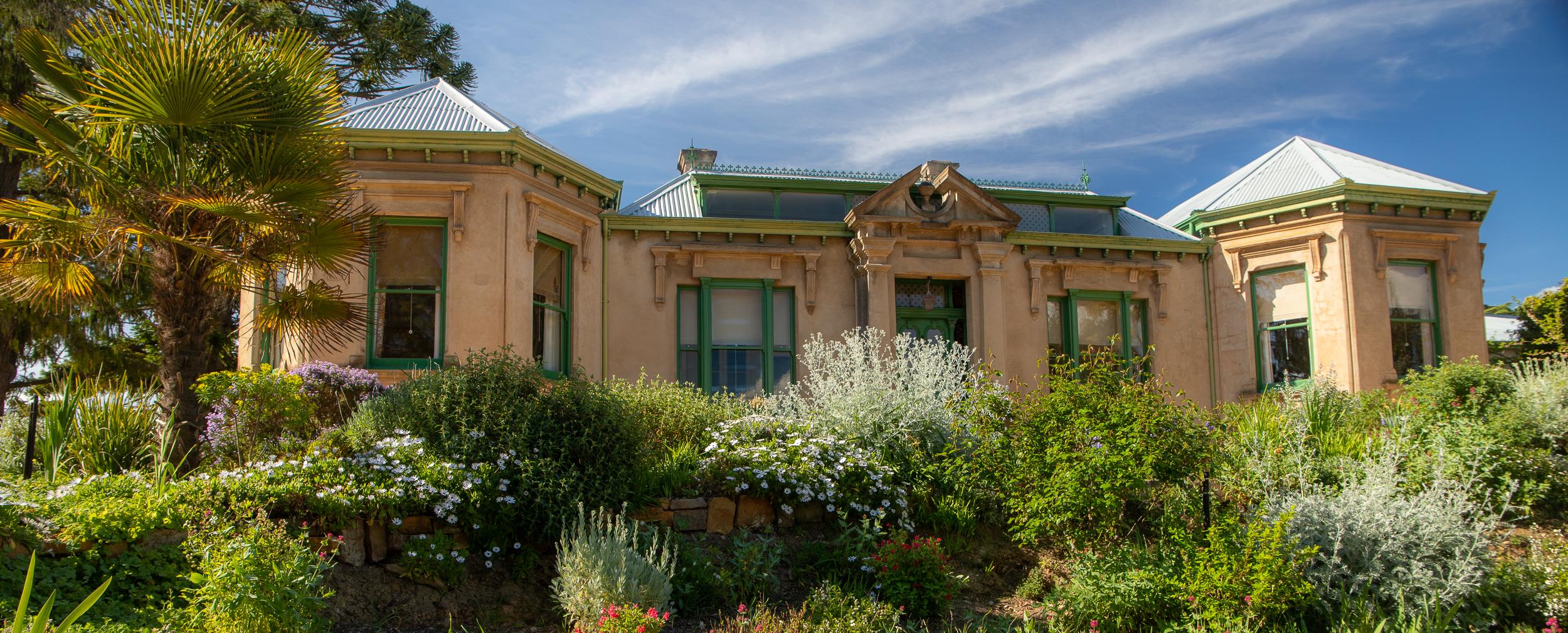 Buda Castlemaine Historic Home Garden